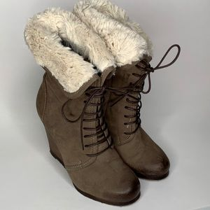 Boutique 9 Distance Brown Wedge Lace up Fur Boot